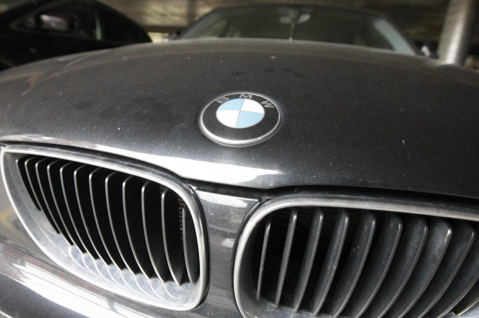 BMW vairuotojas greitį viršijo beveik tris kartus