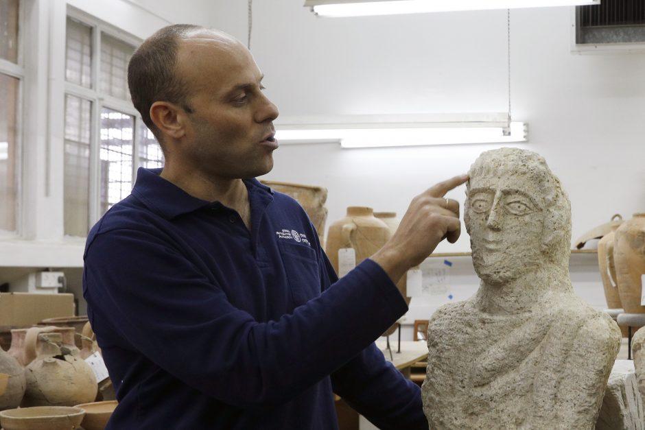 romėnų skulptūros varpos)