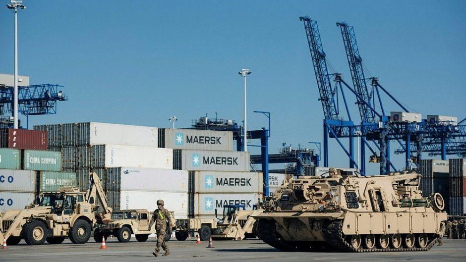 Lenkija siekia, kad šalyje atsirastų nuolatinių JAV karinių bazių