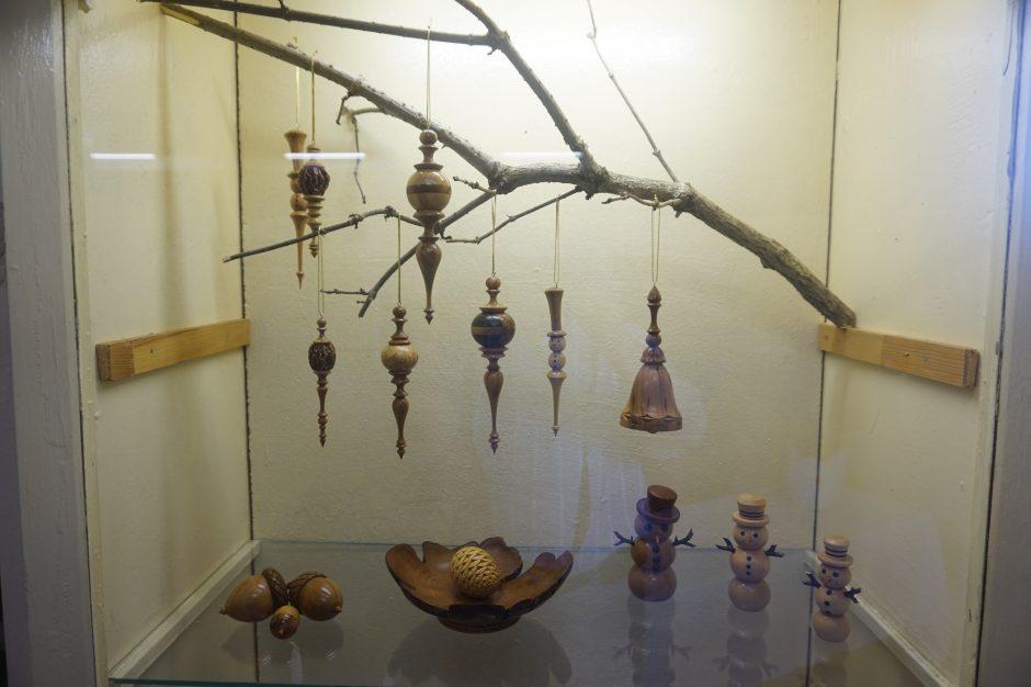 Daiktų istorijos: chirurgas antram gyvenimui prikelia medį
