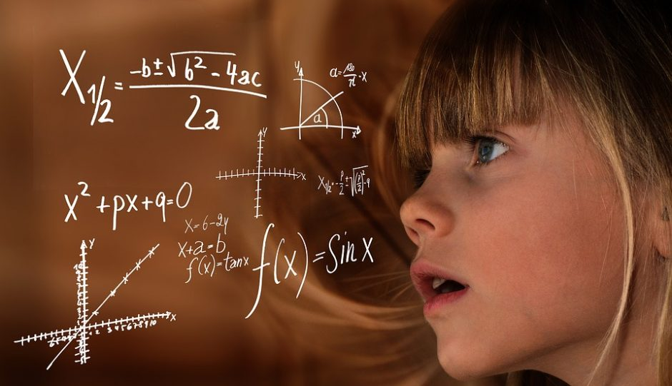Pratrūkote dėl vaiko mokymosi bėdų? Psichologė patarė, kaip nedaryti klaidų
