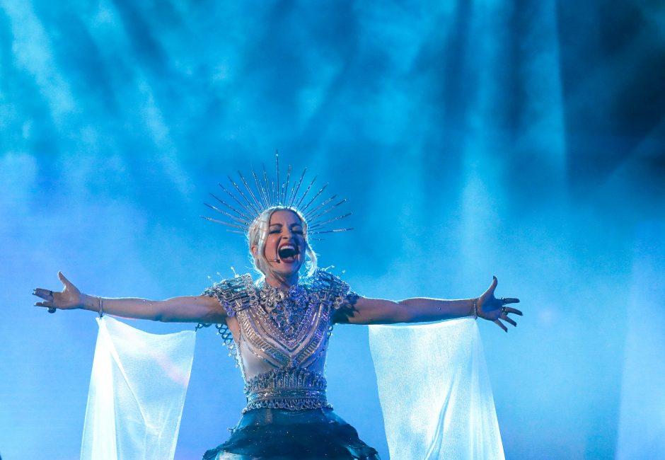 """Australija išsirinko: """"Eurovizijoje"""" šaliai atstovaus K. Miller-Heidke"""