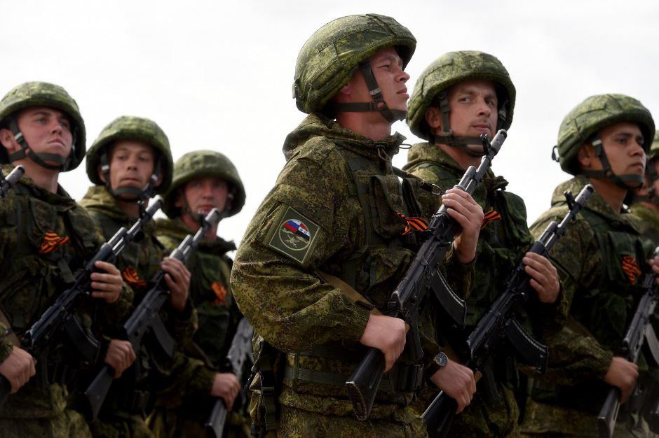 Rusijoje vyksta pasirengimas didelėms karinėms pratyboms (papildyta)