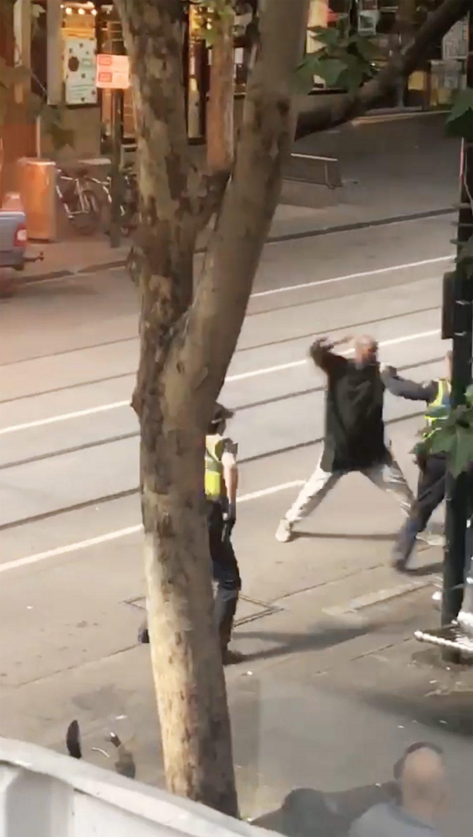 """Atsakomybę už išpuolį Melburne prisiėmė """"Islamo valstybė"""""""
