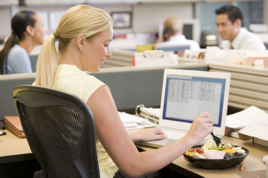Programuotojų dieną – mitybos patarimai dirbantiems protinį darbą