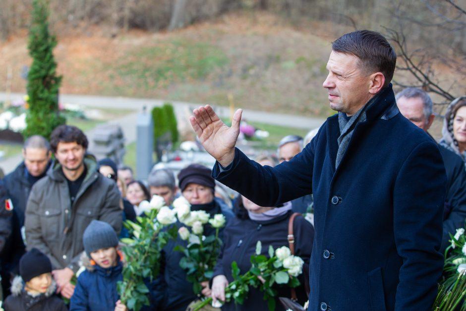 Aktorius A. Storpirštis atgulė amžino poilsio Menininkų kalnelyje
