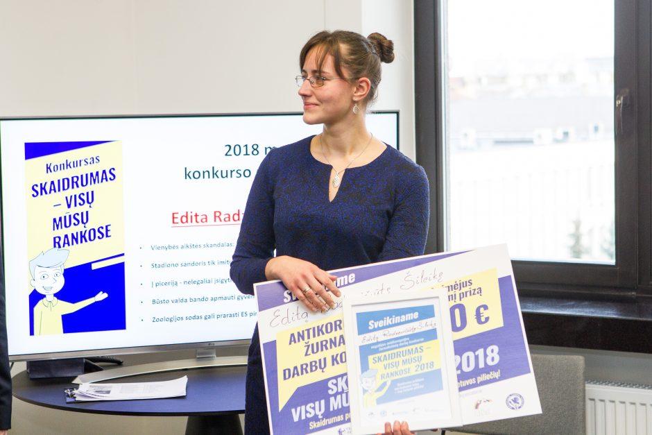 """Žurnalistinių darbų konkurso """"Skaidrumas – visų mūsų rankose 2018"""" apdovanojimai"""