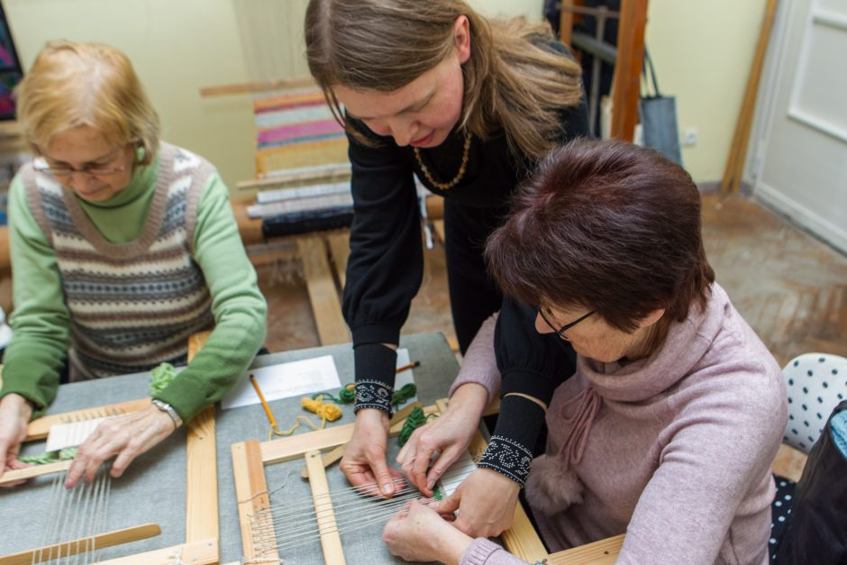 """Kūrybinės dirbtuvės: tapiserijos mozaika """"Lietuva – mano veidas"""""""