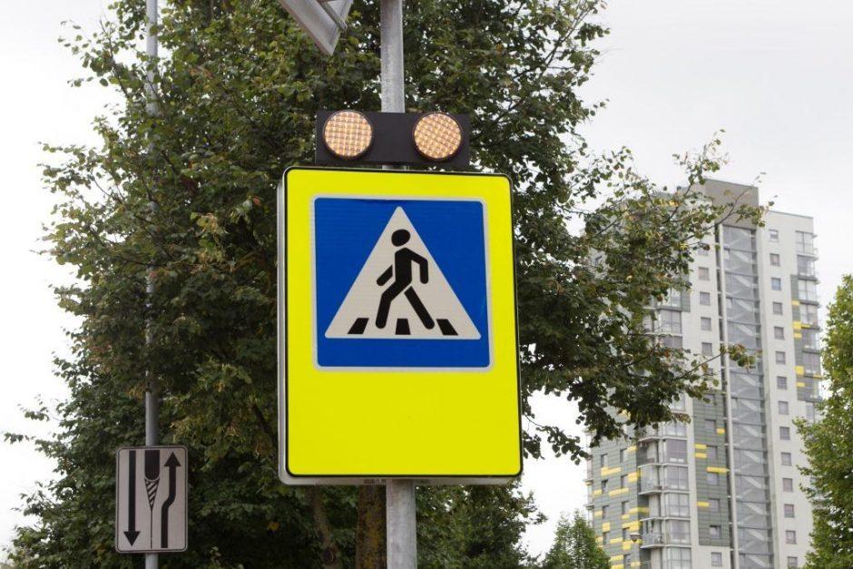 Ieškoma Klaipėdos perėjoje vaiką partrenkusi BMW vairuotoja