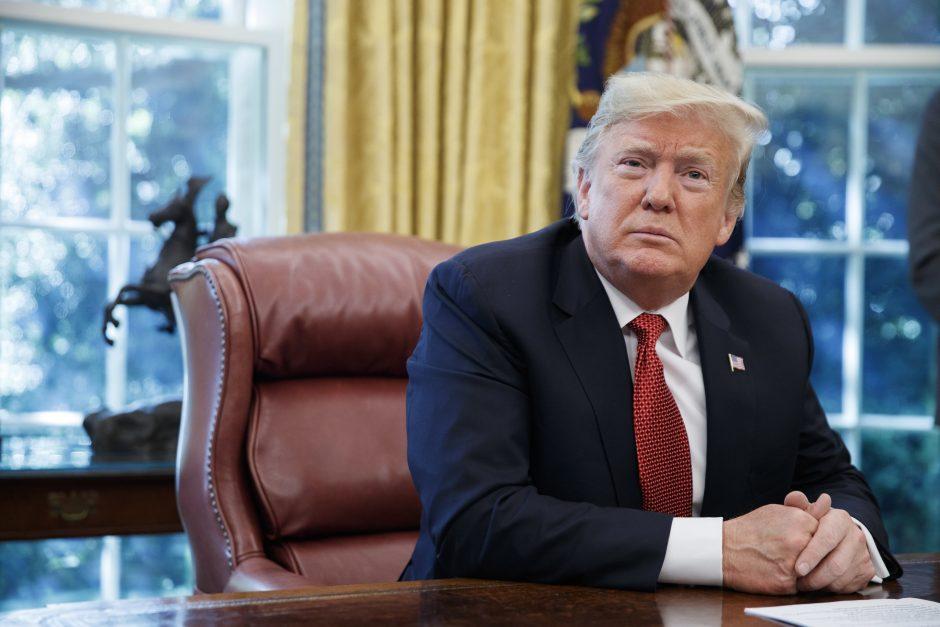 D. Trumpas: JAV pasitrauks iš branduolinio susitarimo su Rusija