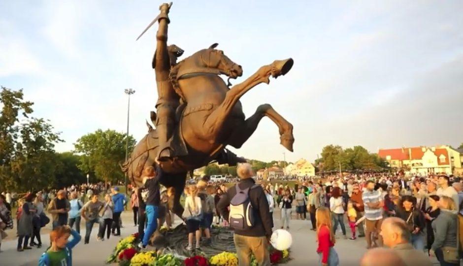 Šventinį savaitgalį Kauno širdyje – minios žmonių (vaizdo įrašas)