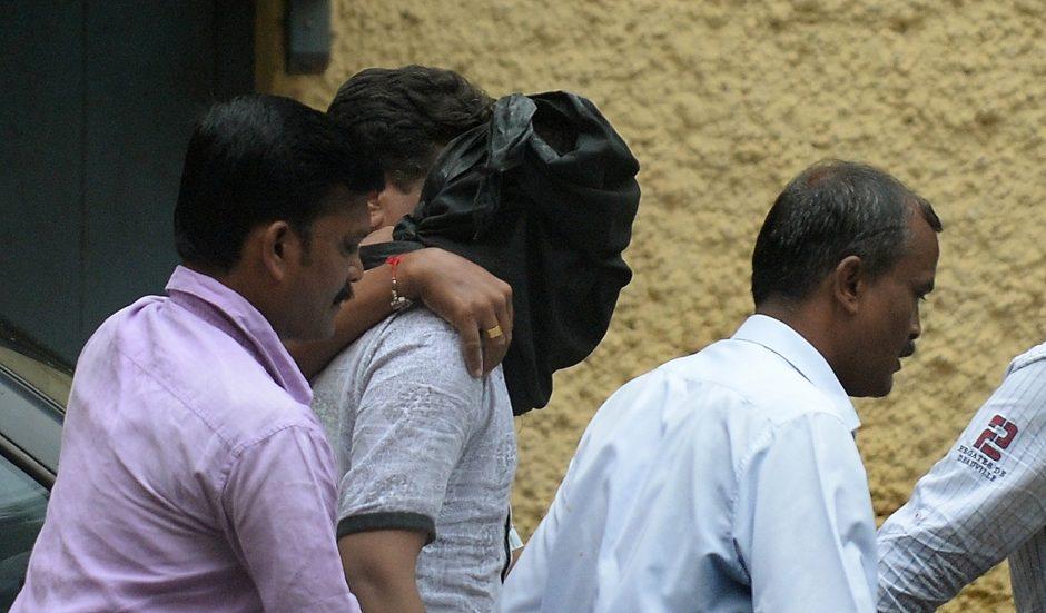 Indijos policija areštavo paskutinį iš penkių grupinio išžaginimo bylos įtariamųjų