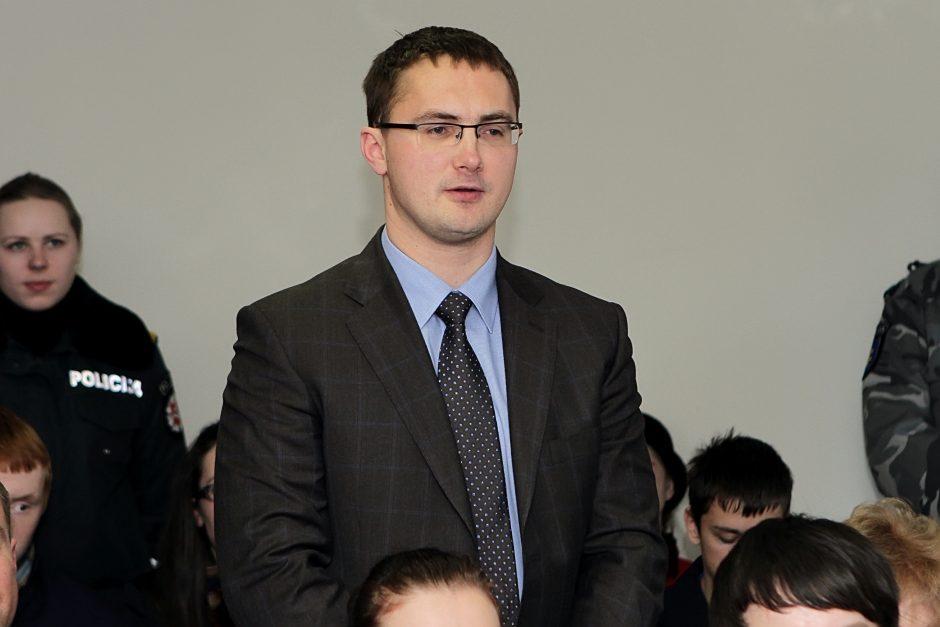 Su prokuroru sostinės restorane beilinksminęs Klaipėdos teisėjas – išteisintas