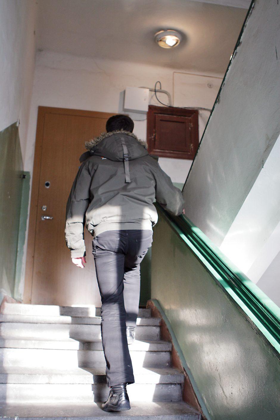 Gyventojai sunerimę: į butus bando įsiveržti nepažįstamasis