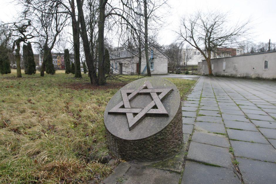 Žydų kapinėms – savivaldybių dėmesys