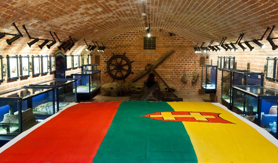 Legendinė karo laivo trispalvė – muziejuje