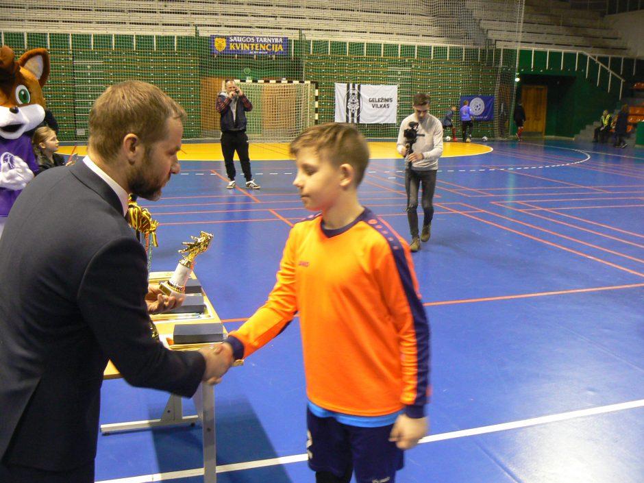 Kaune – Klaipėdos futbolo mokyklos berniukų triumfas