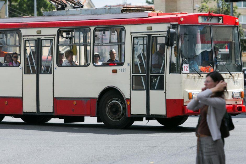 Vilniuje nuo šiol internetu galima stebėti autobusų ir troleibusų važiavimo greitį