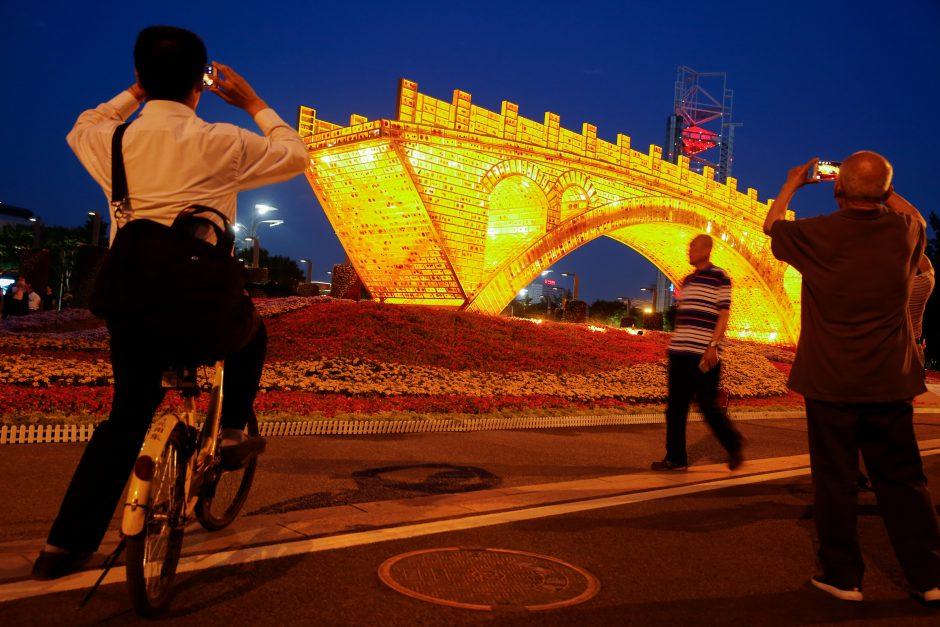 Naująjį šilko kelią kurianti Kinija pasiryžusi iš JAV perimti vedlės vaidmenį