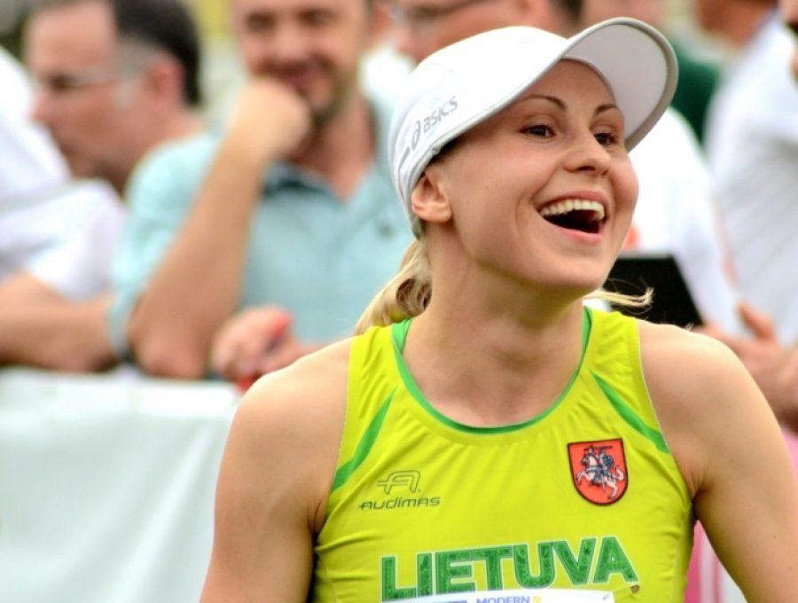 L. Asadauskaitė sukūrė stebuklą – startavusi tik 19-a, tapo pasaulio čempione!