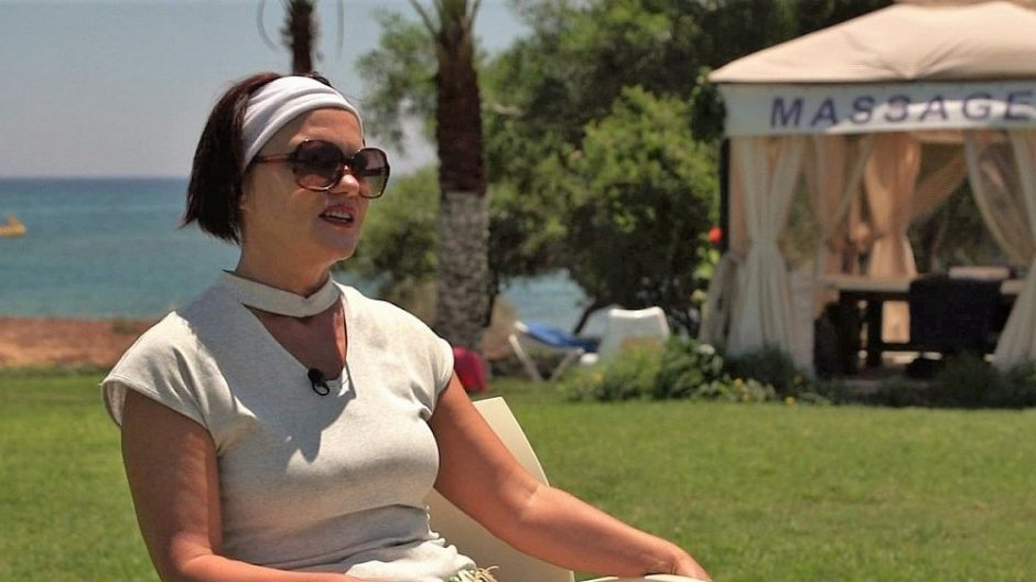 Emigravusi mokytoja gyvenimui užsidirba masažais