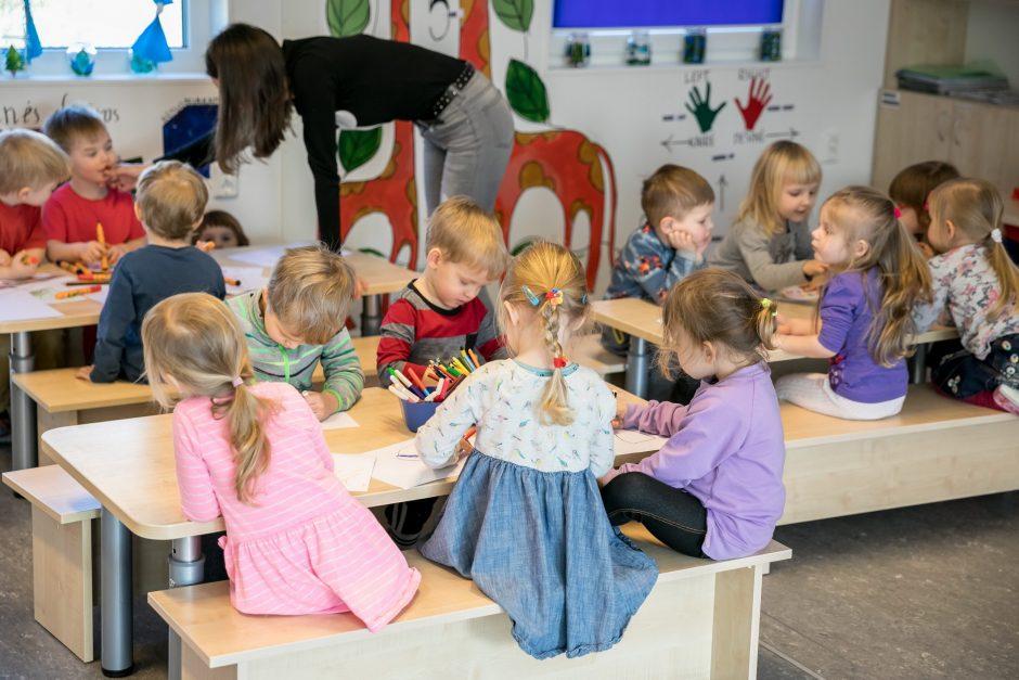 Į sostinės darželius nori patekti per 12 tūkst. vaikų