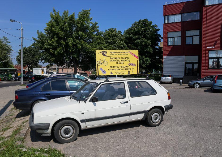 Už neleistiną reklamą ant automobilio – bauda iki 30 tūkst. litų