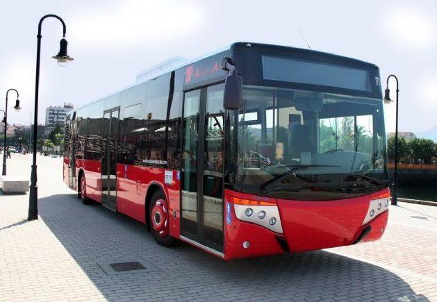 Nauji autobusai keleivius vežios Kauno centre
