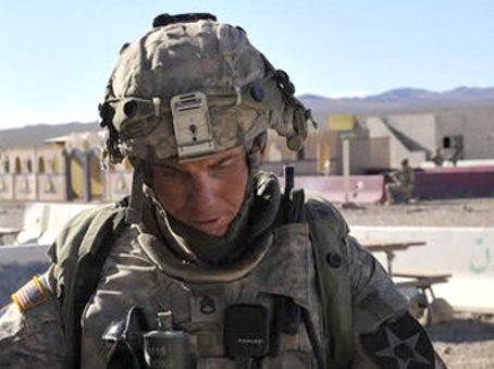 JAV karys atsiprašė dėl kruvinų šaudynių Afganistano kaime