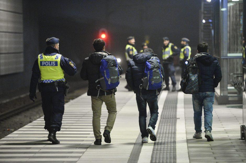Švedija deportuos penkis afganų paauglius, išžaginusius berniuką