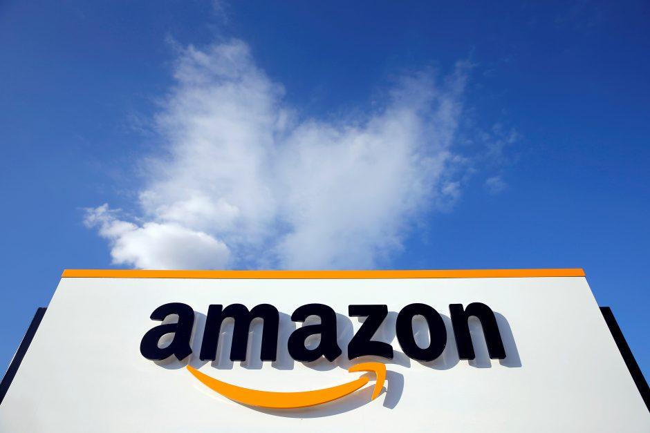 """Europarlamentarai ragina """"Amazon"""" stabdyti prekybą daiktais su sovietine simbolika"""