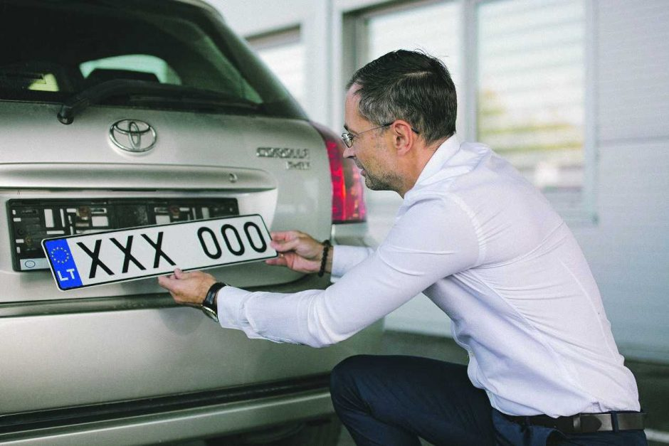 Ką svarbu žinoti pametus automobilio numerį?