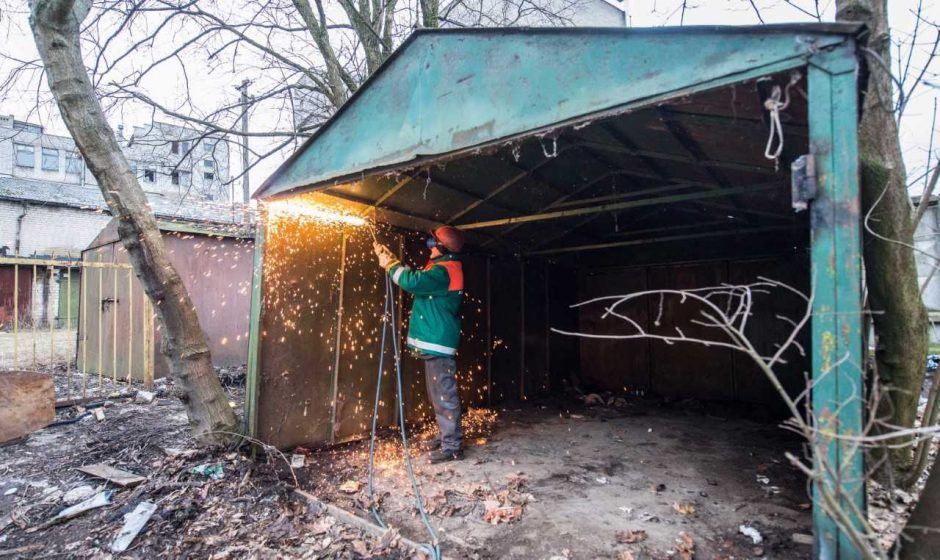 Mūšis dėl švaresnio Kauno: liko mažiau nei 400 metalinių garažų