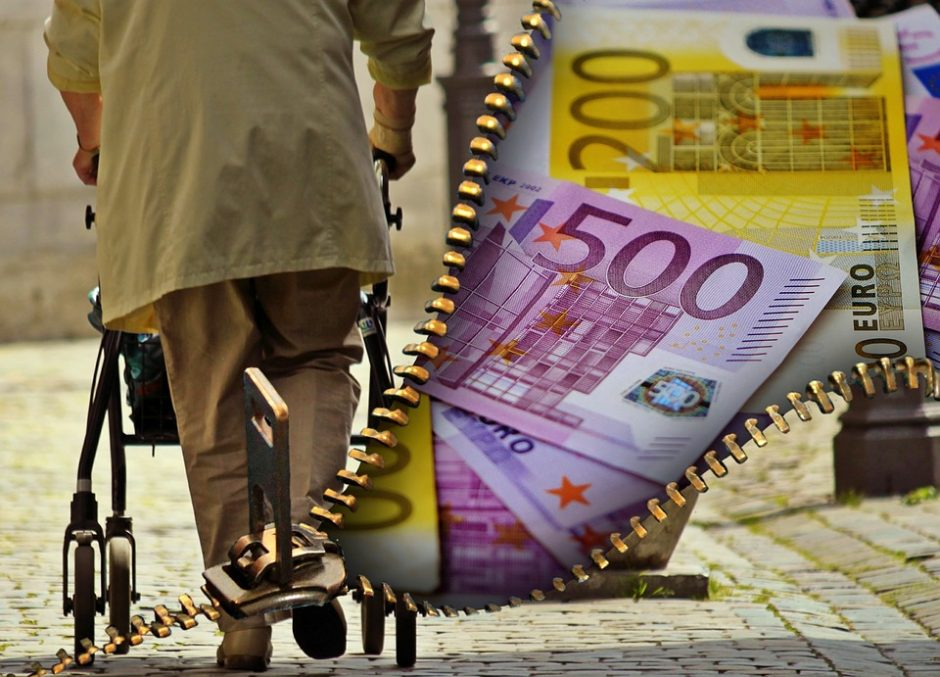 Gyventojai sprendžia, ar dalyvauti pensijų kaupime