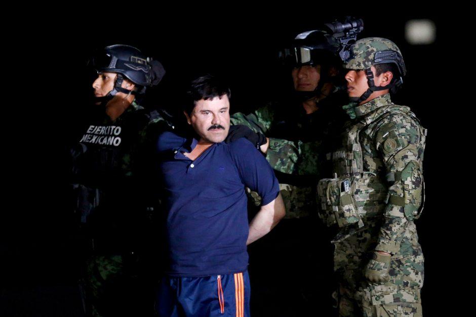 """Narkotikų baronui """"El Chapo""""  gresia įkalinimas iki gyvos galvos"""