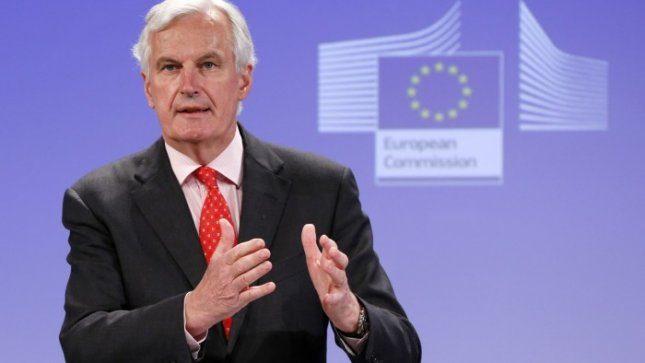 Europos Komisija nori pati pertvarkyti bankrutuojančius bankus