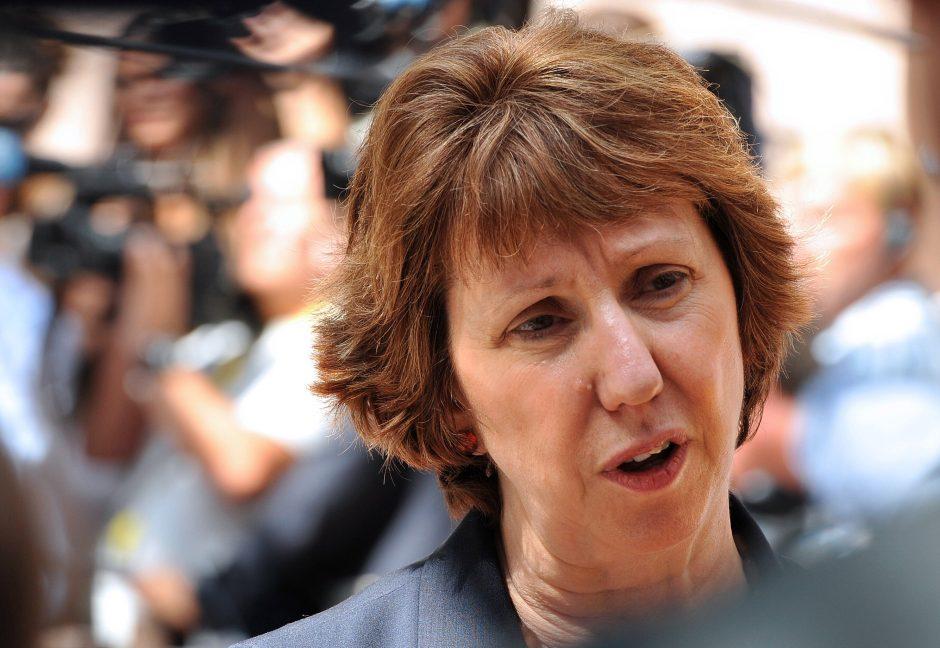 C. Ashton tikisi Vilniuje išgirsti, kas įvykdė cheminę ataką Sirijoje