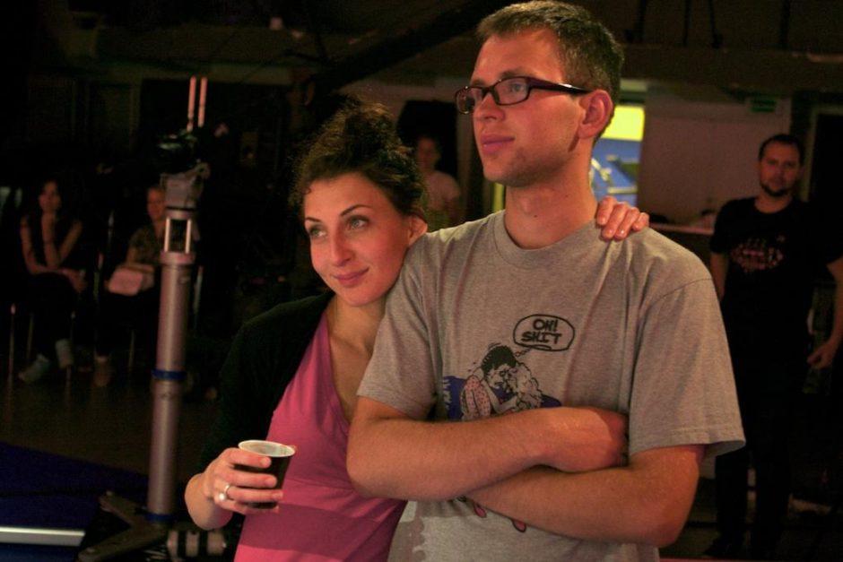 J. ir E. Didžiuliai dalinasi kadrais iš naujojo klipo filmavimo aikštelės