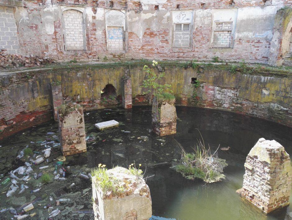 Atgims buvusio Dujų fabriko pastatai