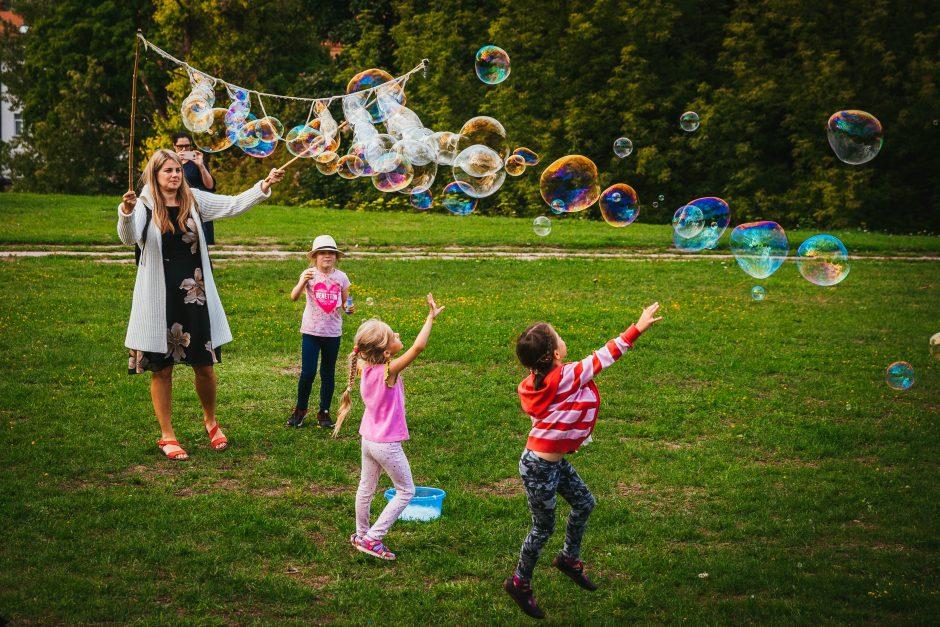 """Muilo burbulų šventė """"Burbuliatorius"""""""