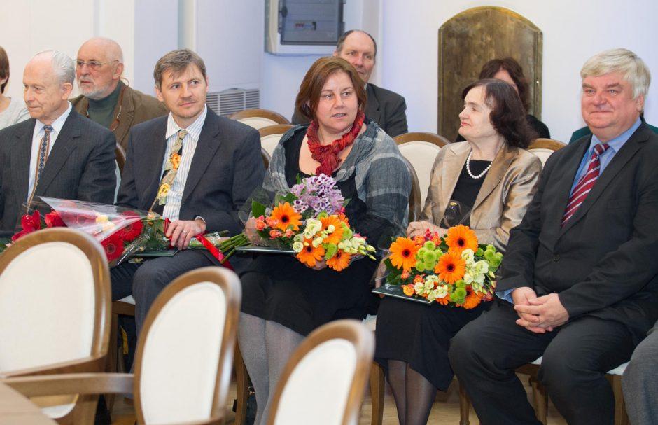 Užsienio lietuviai apdovanoti mokslo premijomis