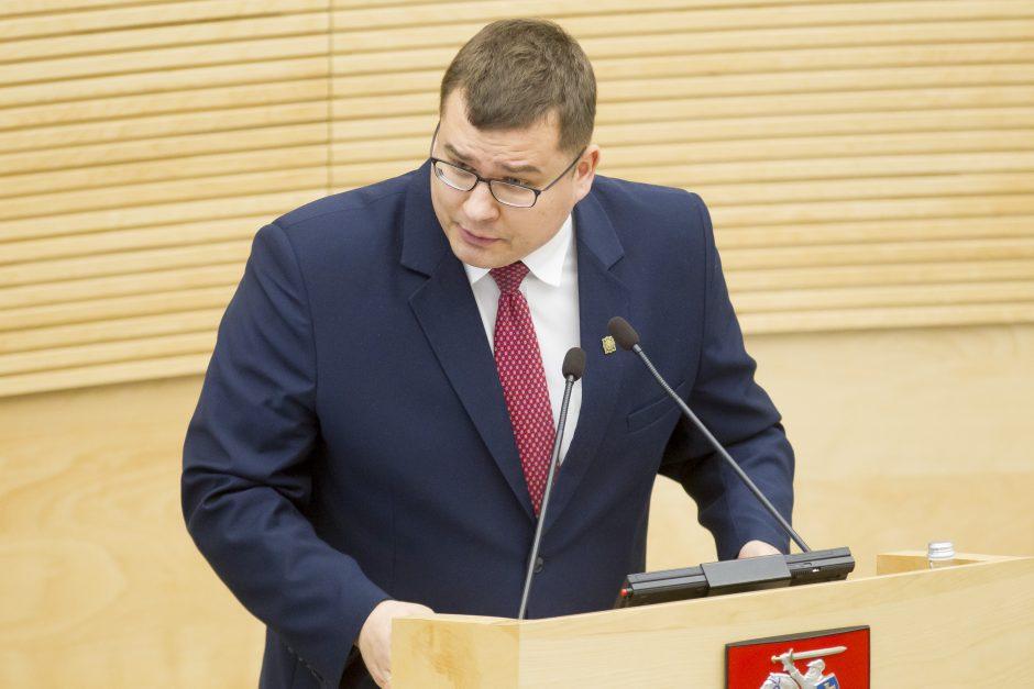 Konservatorius užsitraukė vadovybės rūstybę pakvietęs Vokietijos ultradešiniuosius
