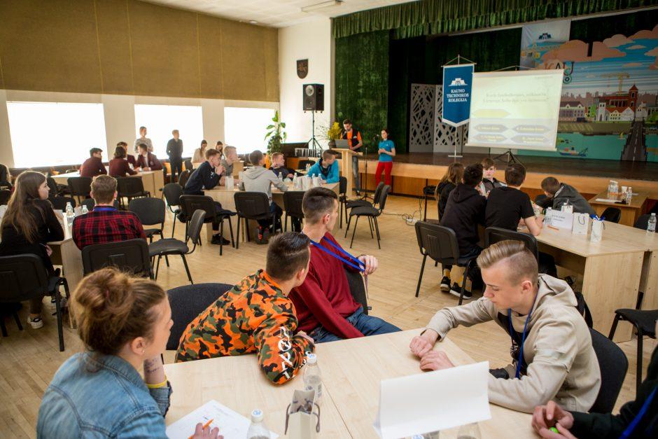 Aktyviai tiesiami keliai tarp mokslo ir verslo: kaip skatinamas jaunimas?