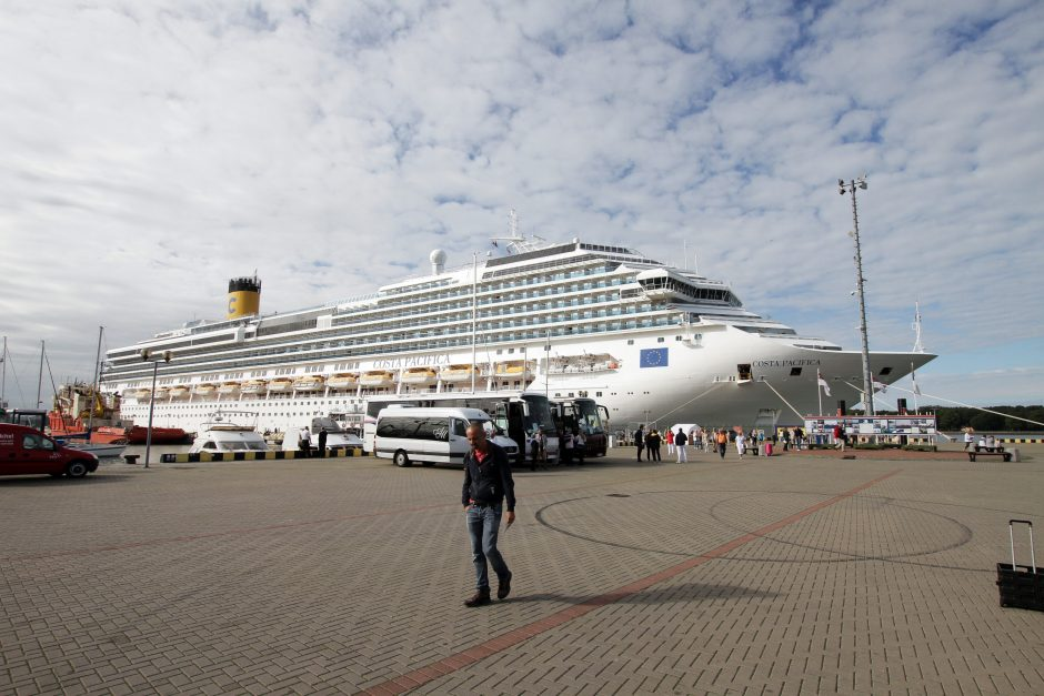 Klaipėdos uostas pasitiko šių metų milžiną