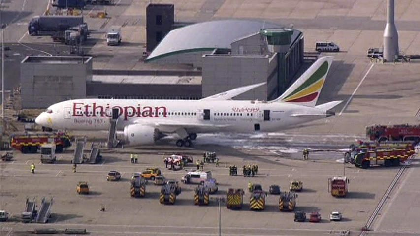 "Britanijoje naujame lėktuve ""Dreamliner"" kilo gaisras"