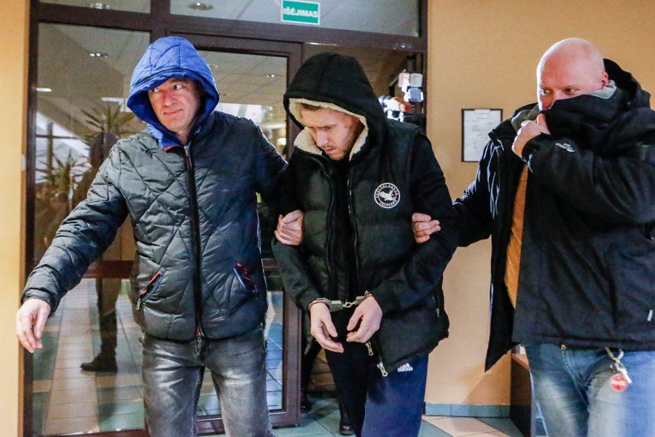 Apsaugininko nužudymu įtariamojo gynėjas: jis ne narkomanas, jis gynėsi nuo smurto