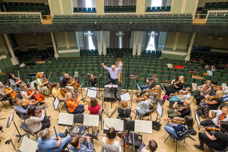 Kauno simfoninio orkestro vasara – ir įrašų studijoje
