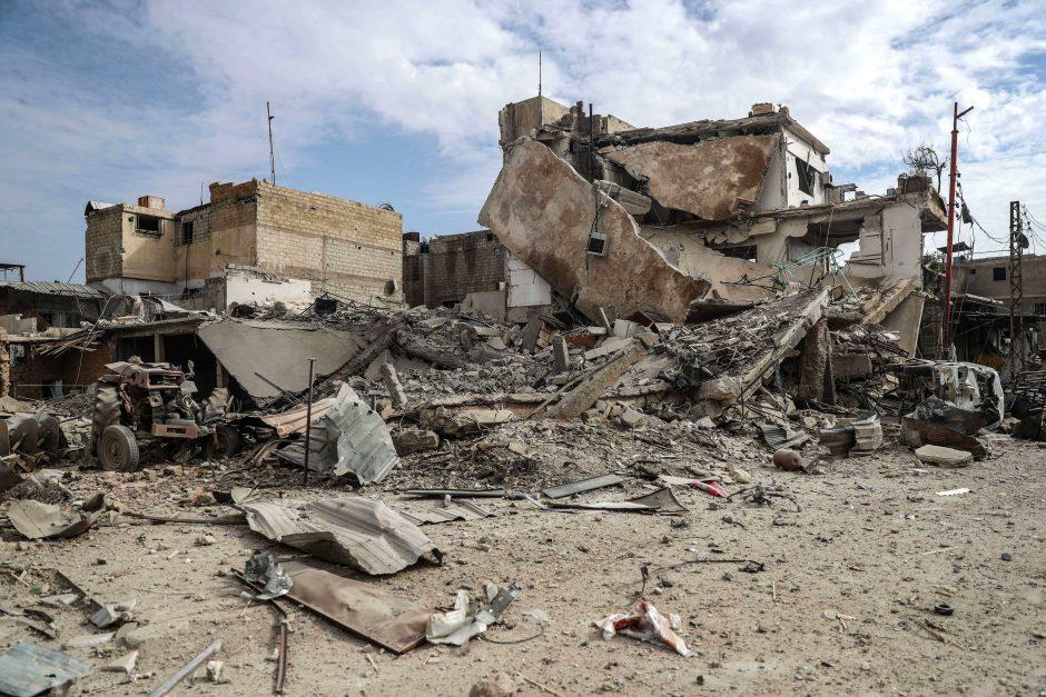 Rusija neigia prisidėjusi prie civilių žūties per bombardavimus Sirijoje