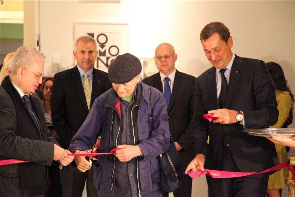 Valstybiniame Sankt Peterburgo Ermitaže atidarytos J. Mačiūno ir J. Meko parodos