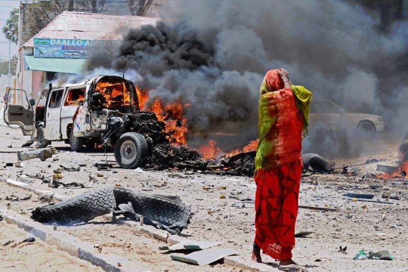 Somalis: bomba automobilyje nusinešė mažiausiai 8 žmonių gyvybes